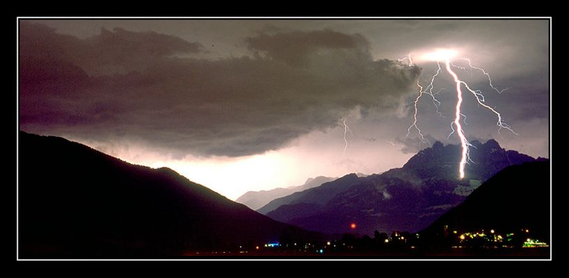 Blitzeinschlag in den Voralpen