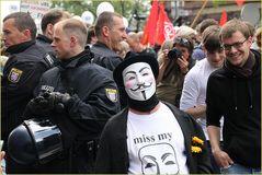 Blockupy FFM 2012 ... die Demo lächelt Ü1275K