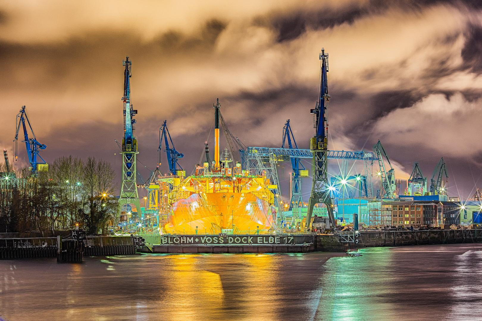 Blohm + Dock Voss Elbe 17