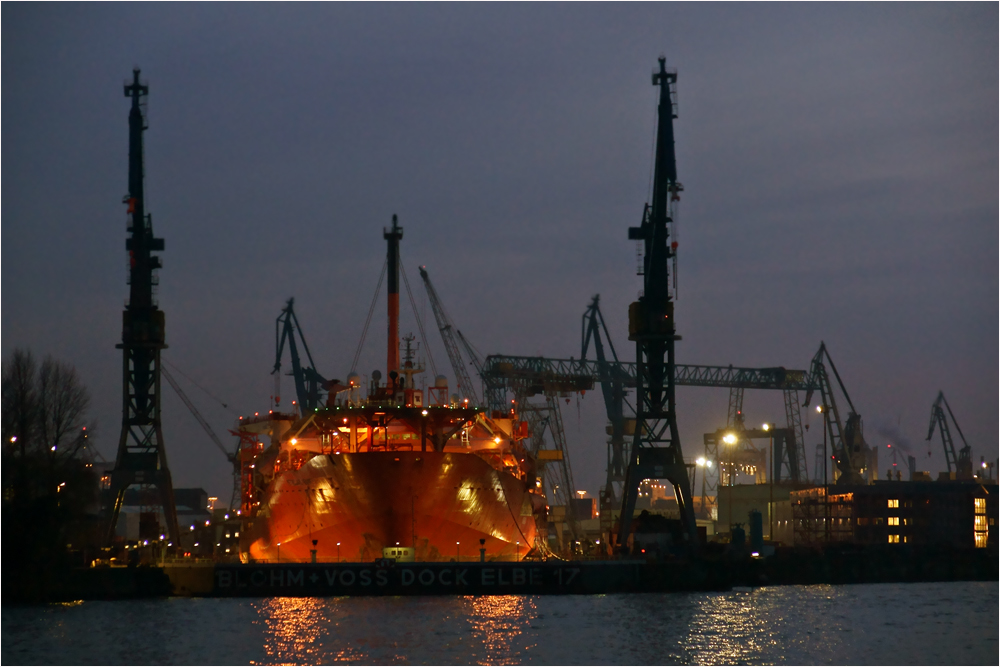Blohm + Voss Dock 17