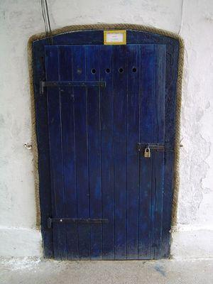 BLUE DOOR by the SEA