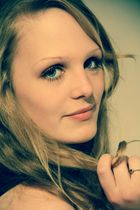 *blue eyes*