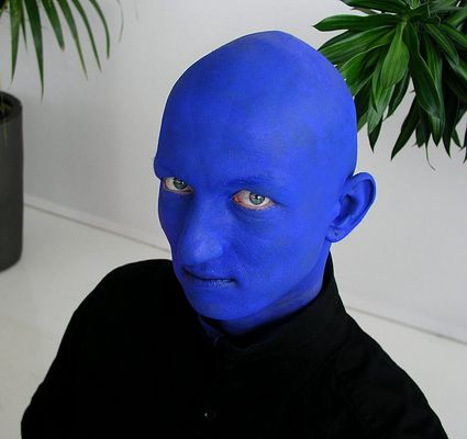 blue face man...