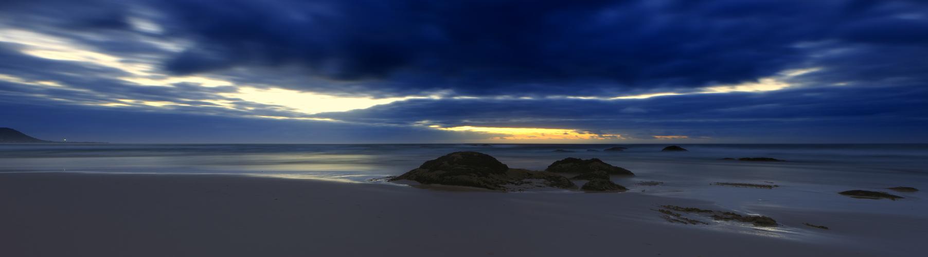---- Blue hour ----