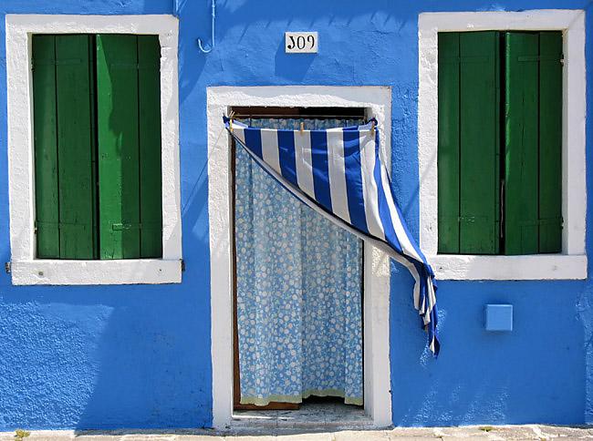 Blue House Details