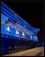 Blue Lighted Queen Mary 2 @ Cruise Terminal
