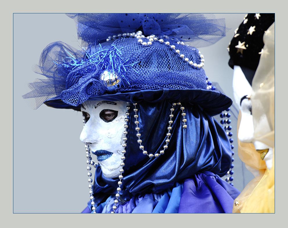 Blue lips ... Hallia Venezia