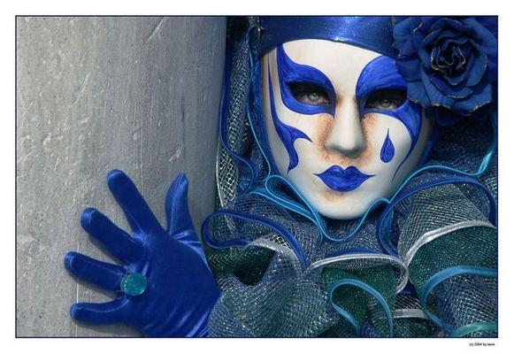 blue mask 1