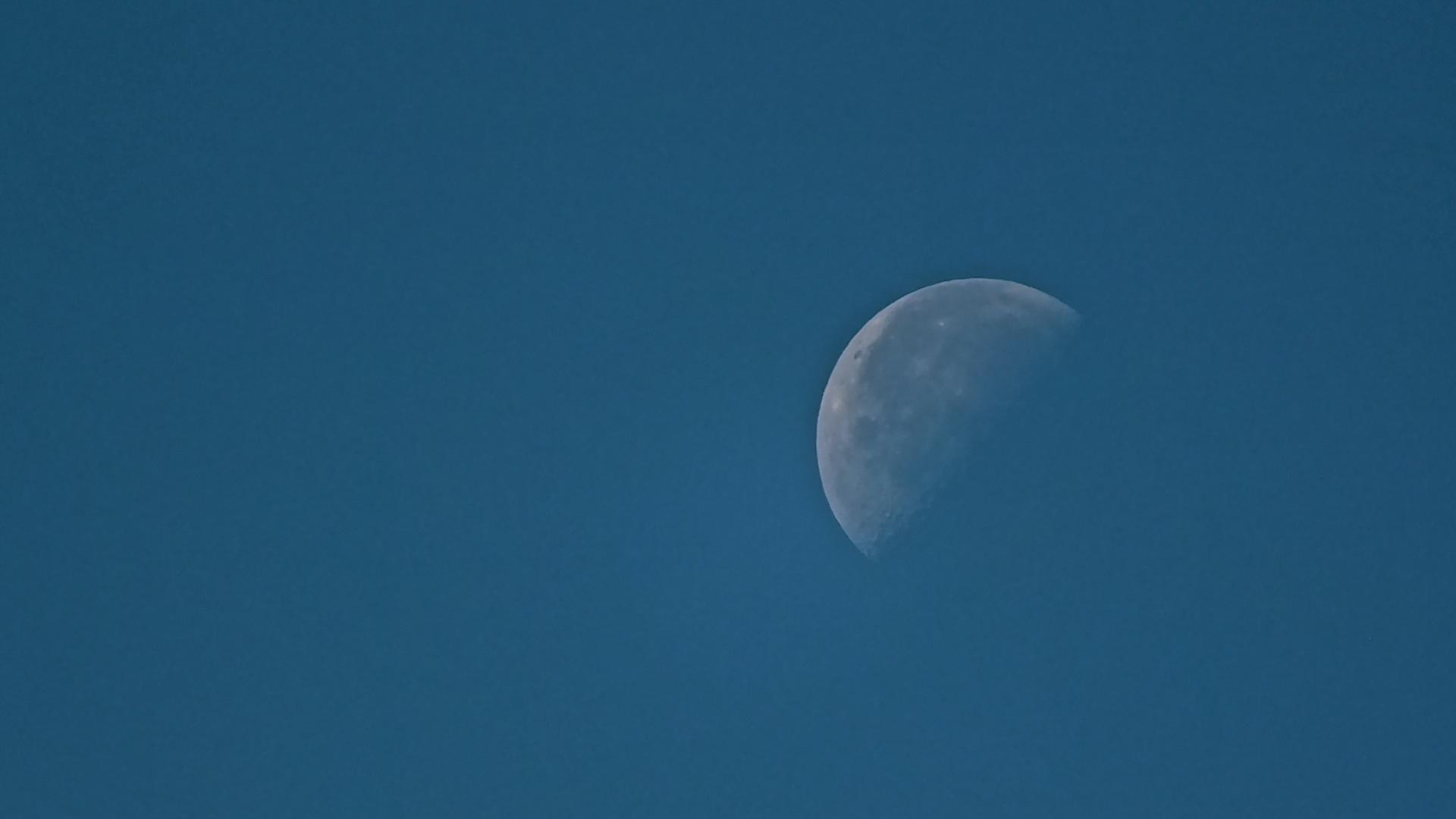 ... Blue Moon 2 ...