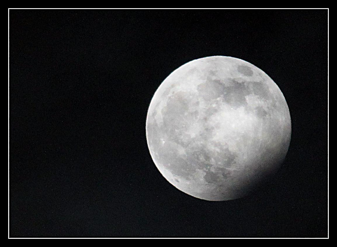 Blue Moon - partielle Mondfinsternis