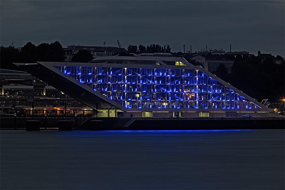 Blue Port - Dockland
