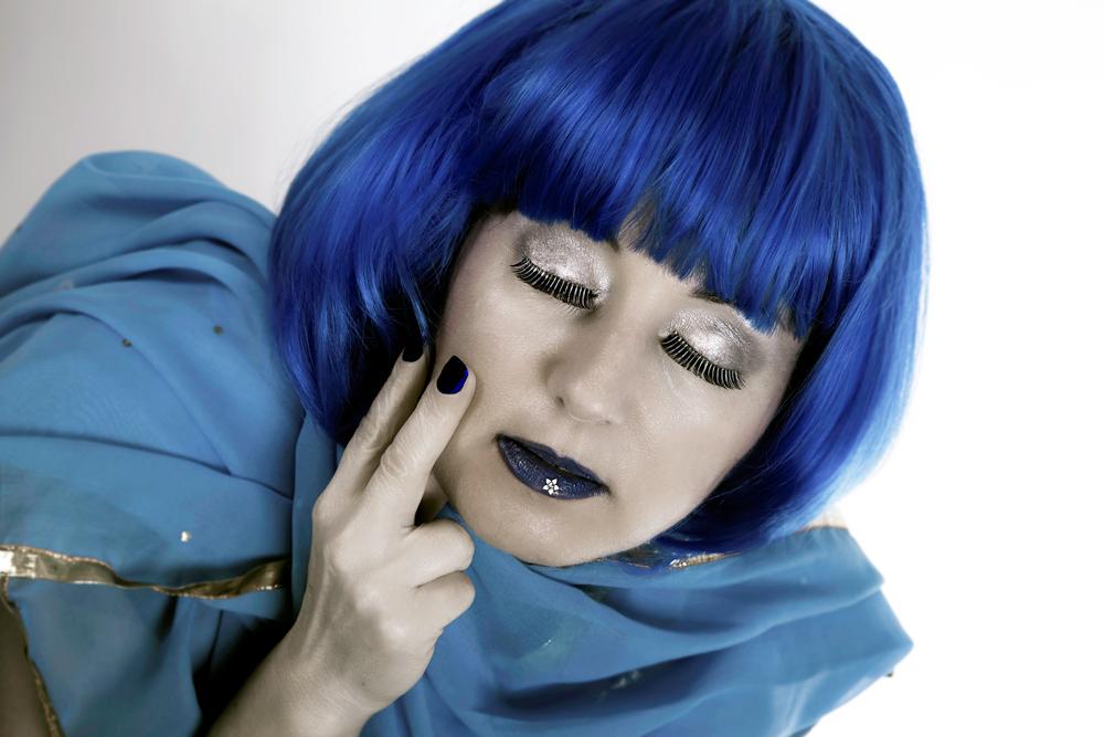 blue...3