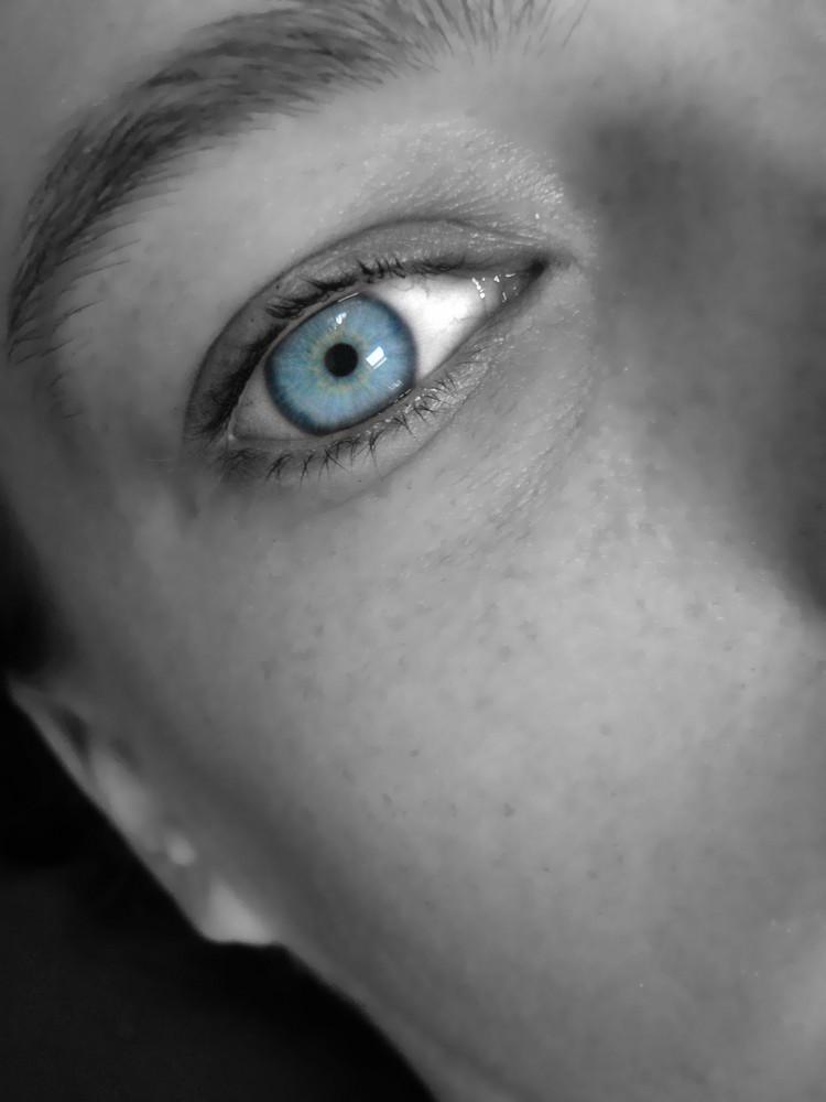 blue_eye