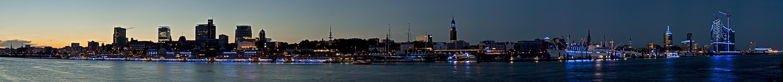 BluePort 2012-II: Panorama Landungsbrücken