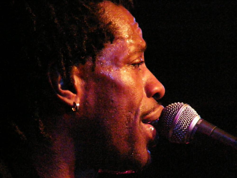 Blues musician Bernard Allison singing in Soest Germany