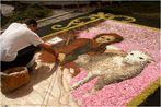 Blütenteppiche in den Straßen von La Orotava