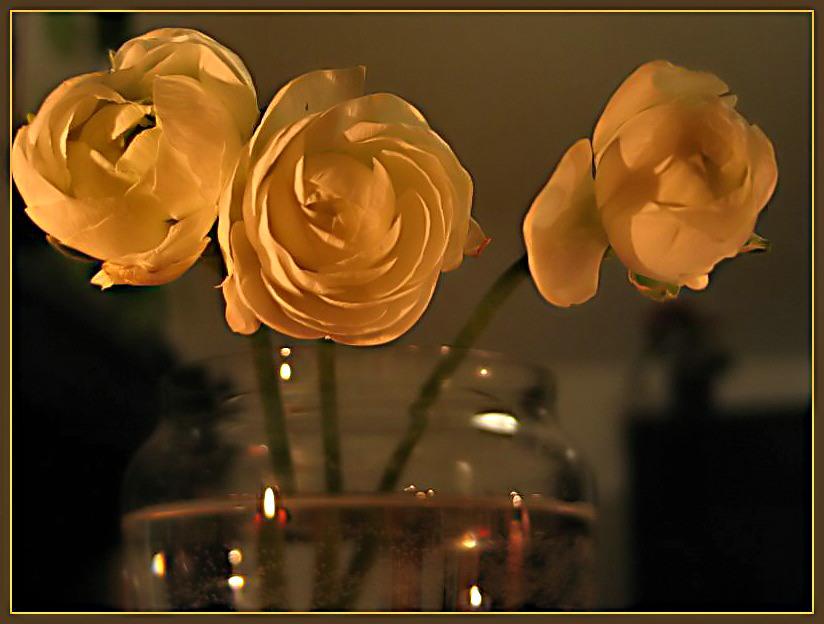 Blumen-Vase- Kerzenlicht