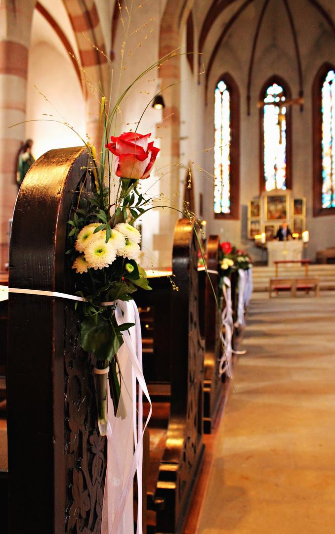 Kirche Blumenschmuck