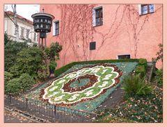 Blumenuhr mit Glockenspiel