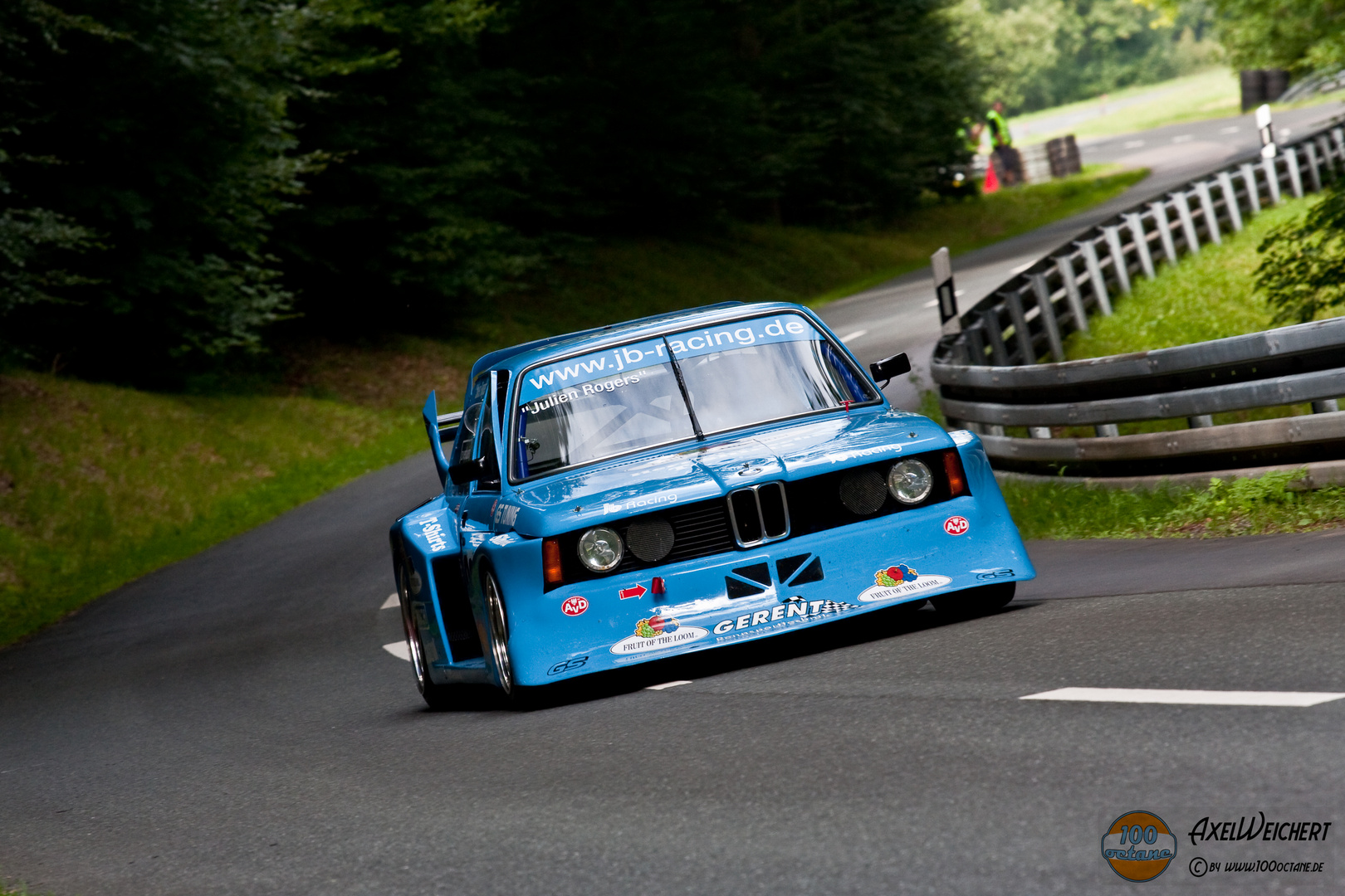 "BMW 320/5 ""Fruit of the Loom"" - Julien Rogers"
