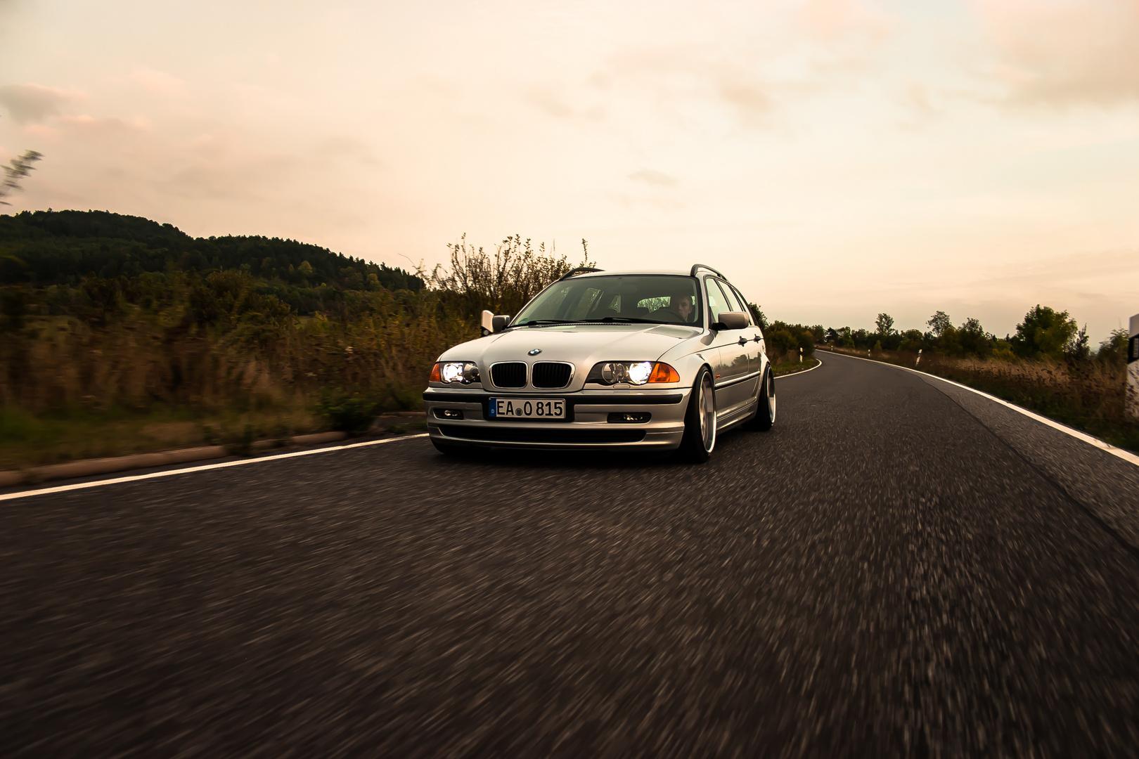 bmw e46 touring rolling shot