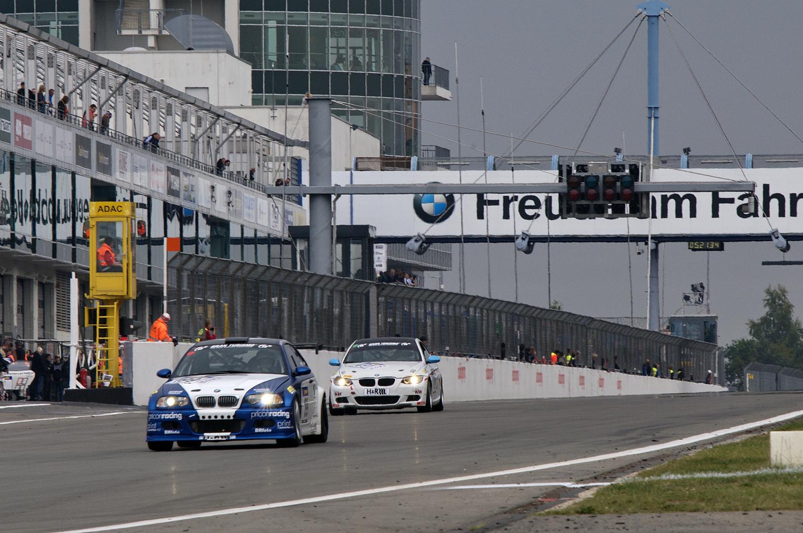 BMW = Freude am Fahren...