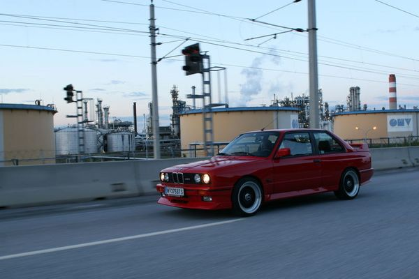 BMW M3 e30 - the original in motion ... 2