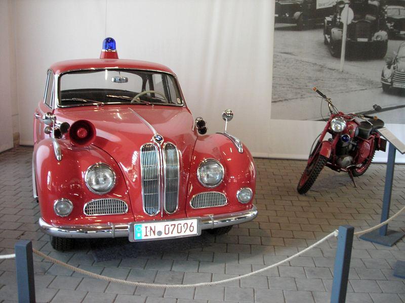 BMW V8 und NSU Krad