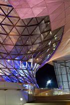 BMW Welt bei Nacht - Spiel der Formen und Farben 4