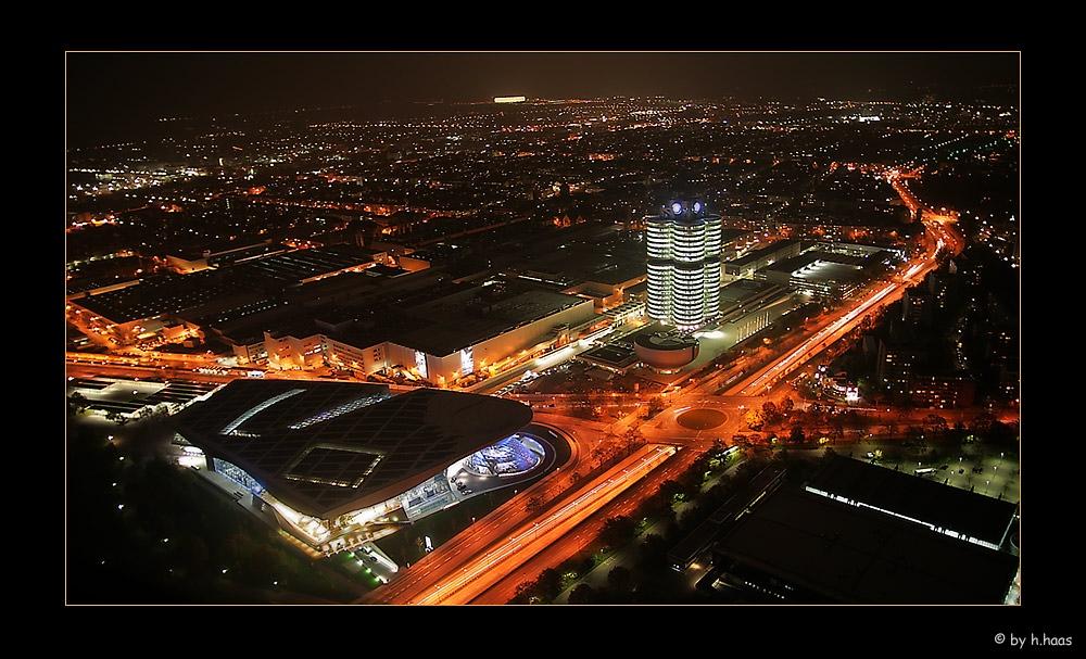BMW World bei Night