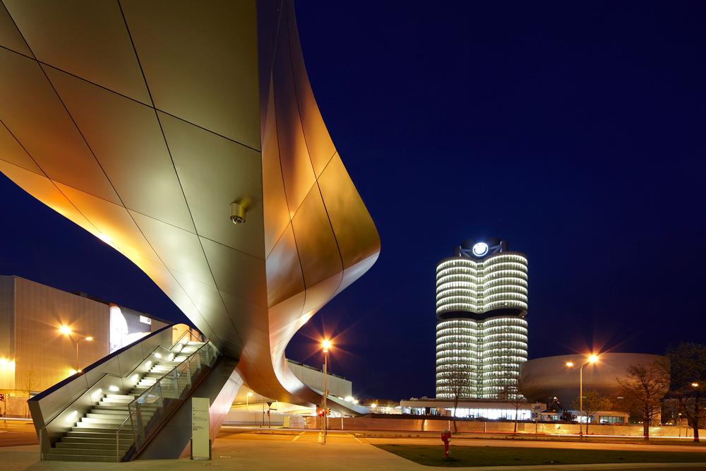 BMW-World Treppe