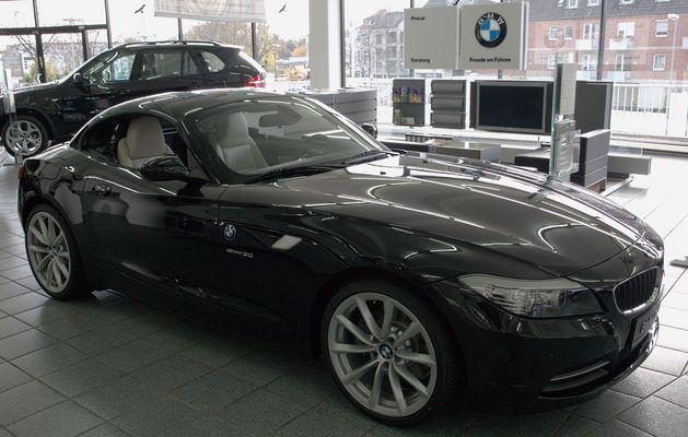 BMW Z4 3.0i 2009 Side
