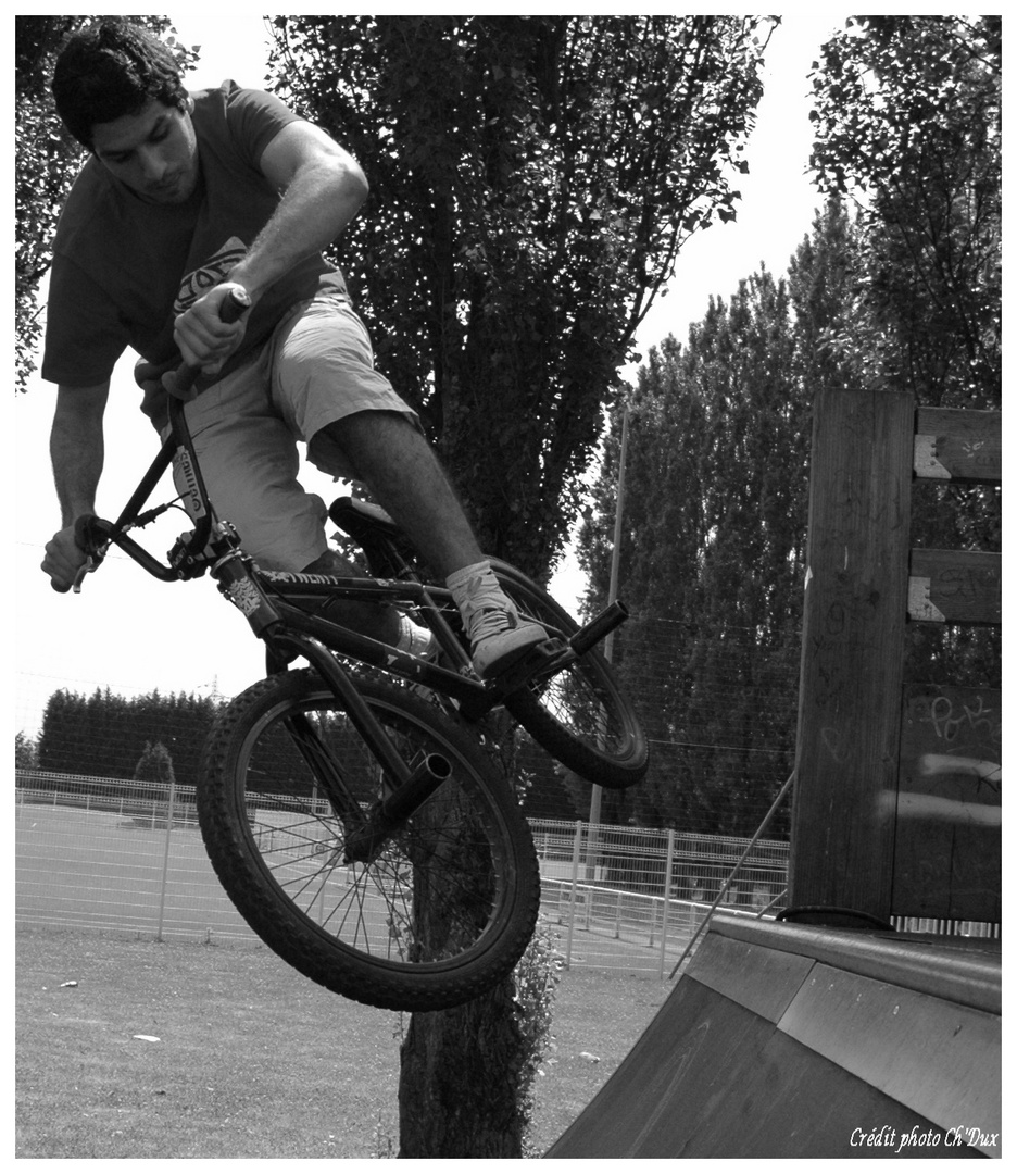 BMX sur une rampe