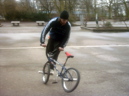 BMX - Switched Handed BW Steamroller