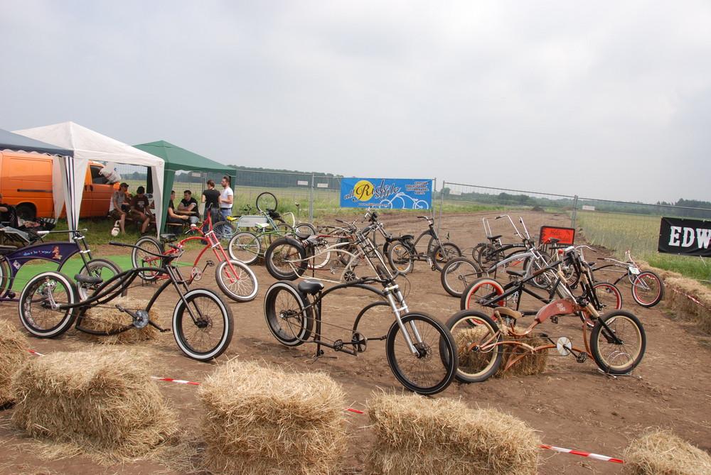 boah soviel Fahrräder bei Kustom Kultur