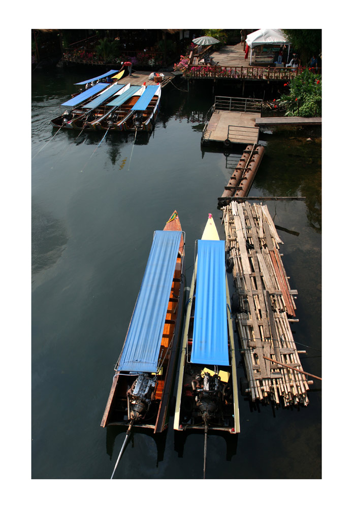 boat on the river kwai