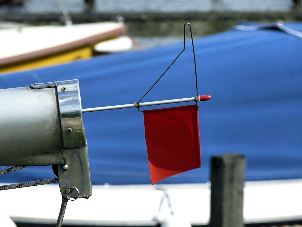 Boat wind vane indicator
