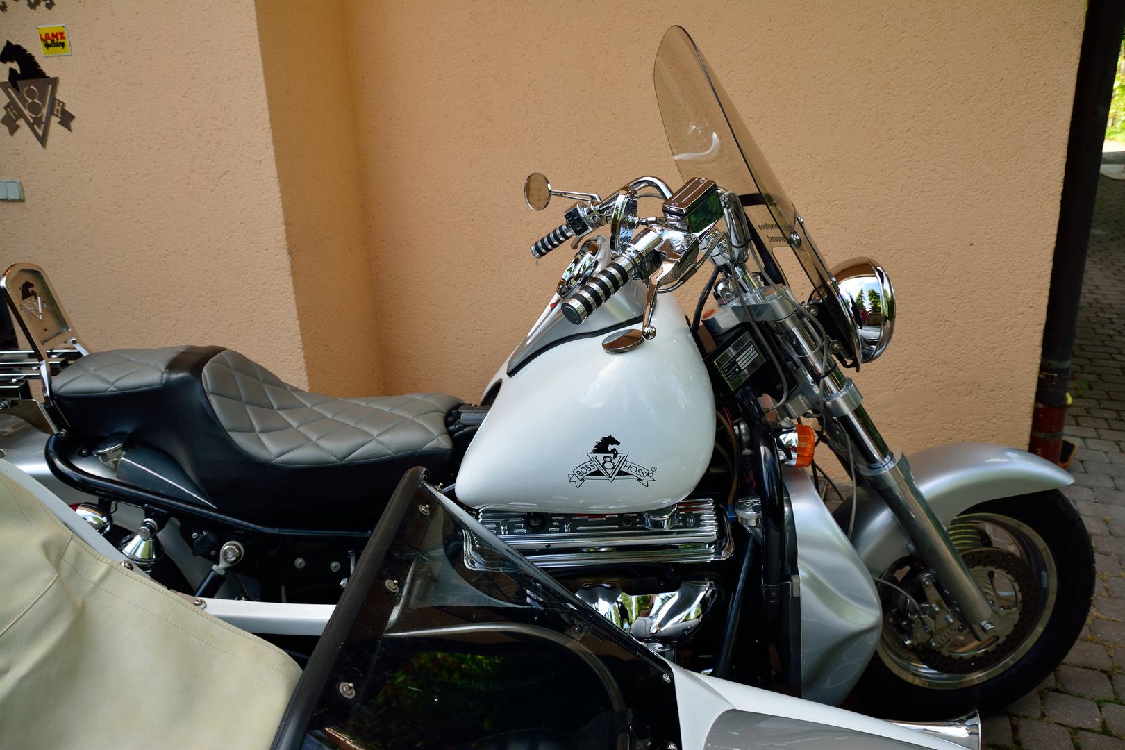 Bob Hoss Cycles 8 Zylinder 04