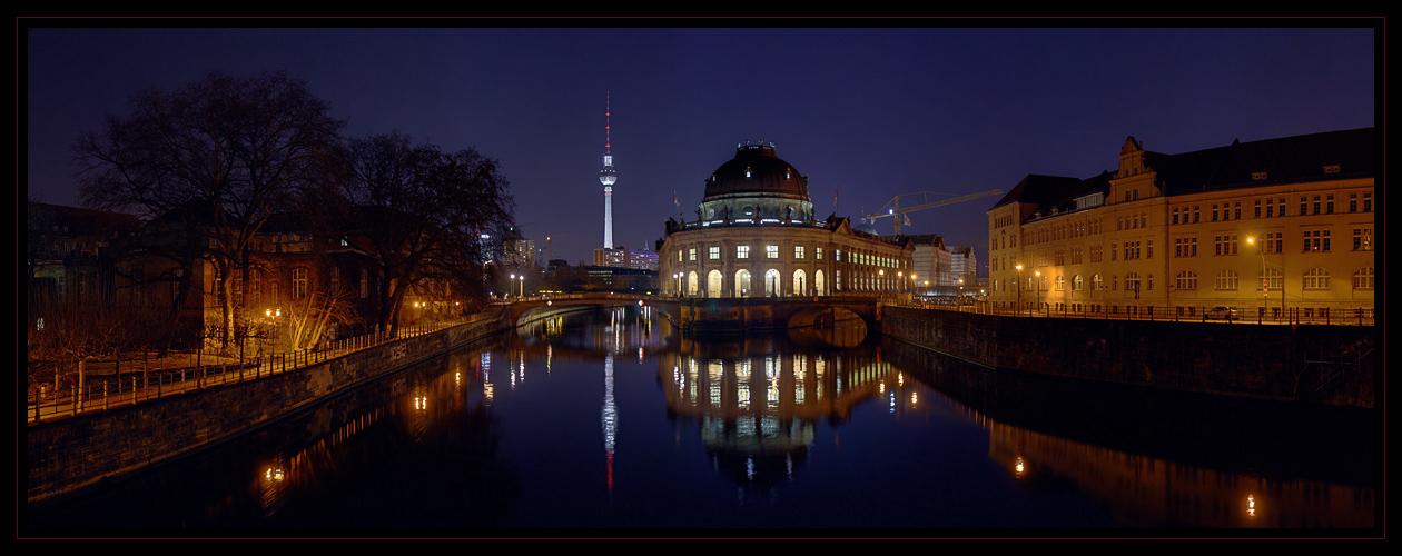 Bode-Museum zur blauen Stunde