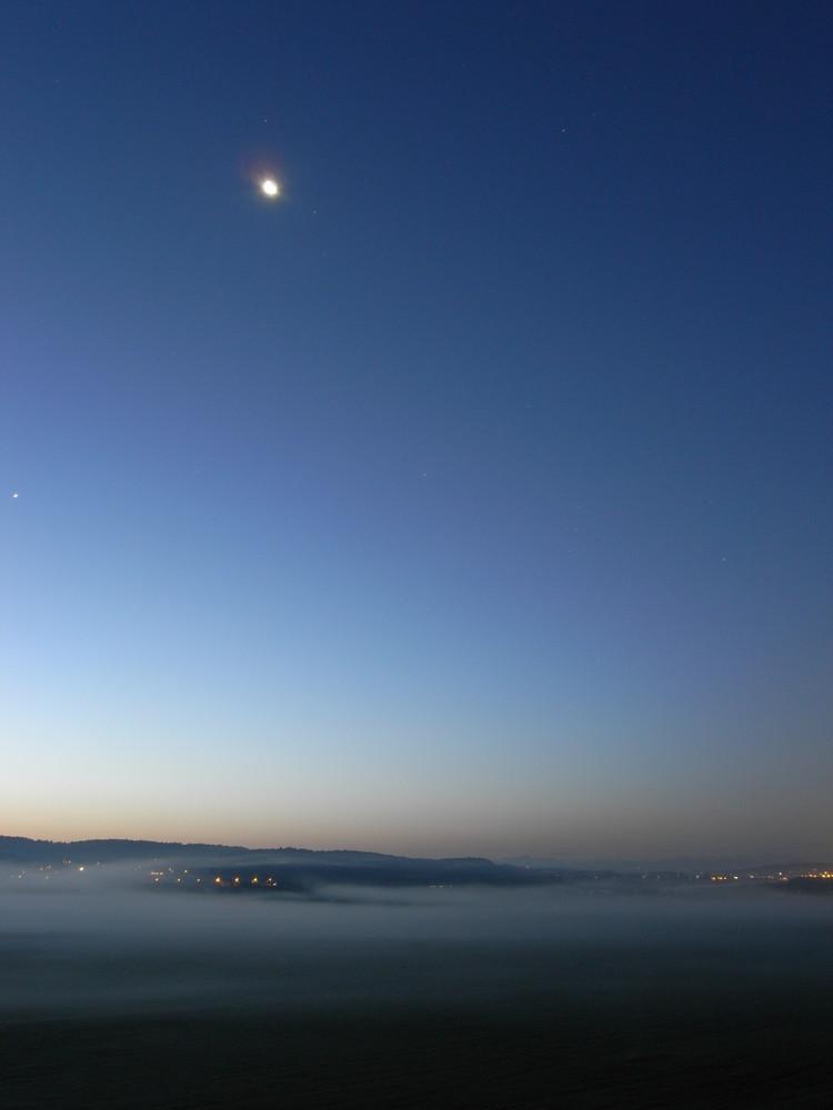 Bodennebel kurz vor Sonnenaufgang