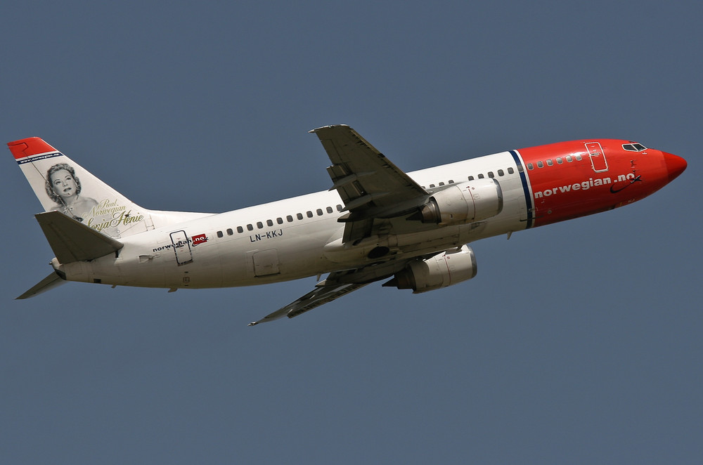Boeing 737-300 · LN-KKJ. Sonja Henie
