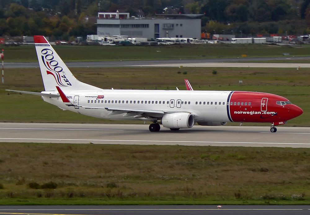 Boeing 737-8Q8 Norwegian Air Shuttle LN-KOL