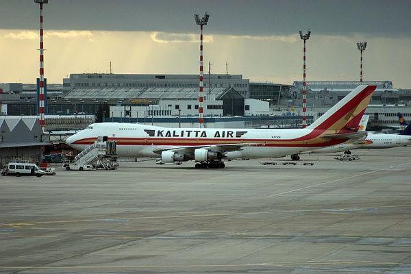 Boeing 747-2B4B(SF) in Duesseldorf