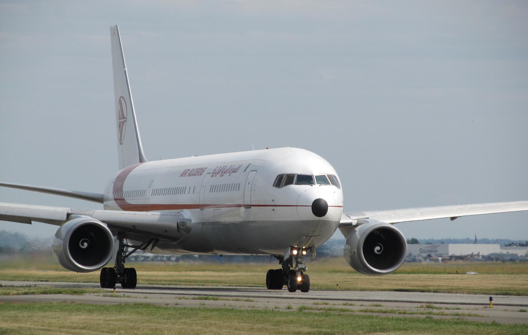 """""""Boeing 767"""""""