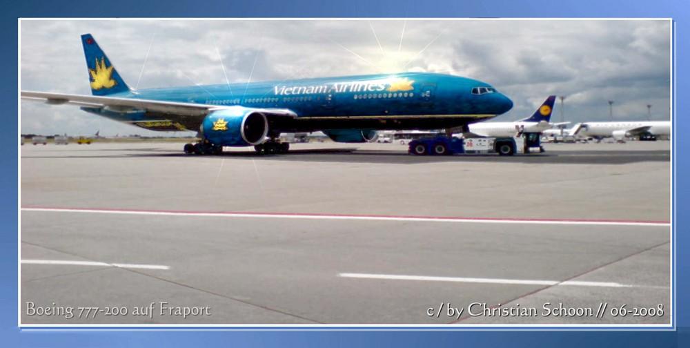 Boeing 777-200 der Vietnam Airlines auf Fraport (1/2)
