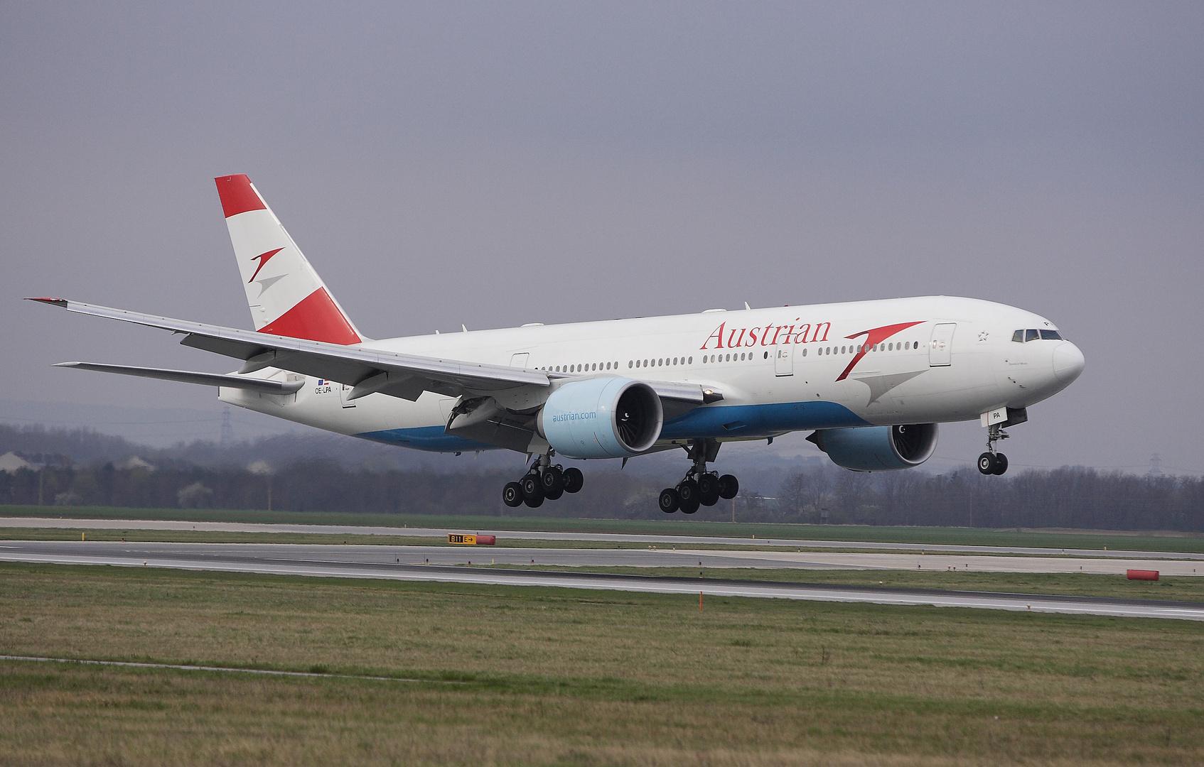Boeing 777-2Z9/ER LPA Austrian Airlines