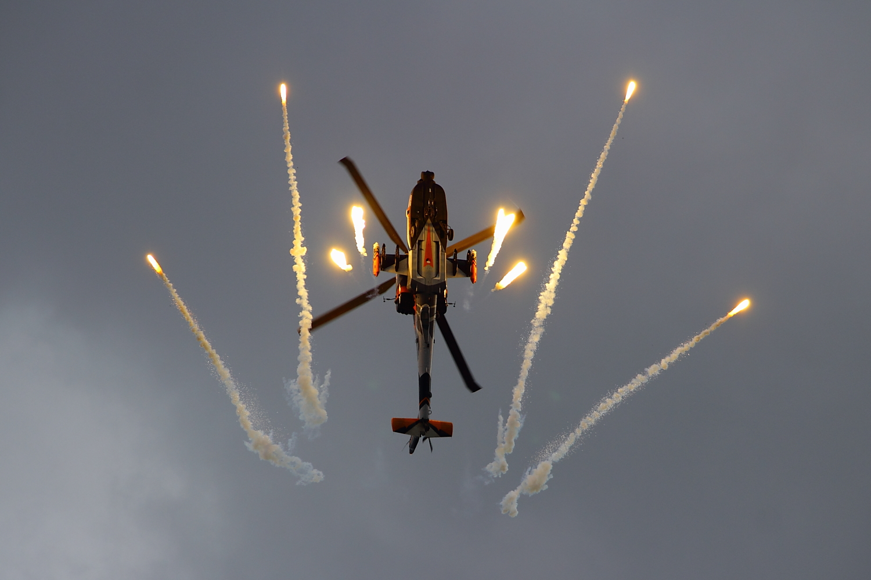Boeing AH-64D Apache Longbow #4