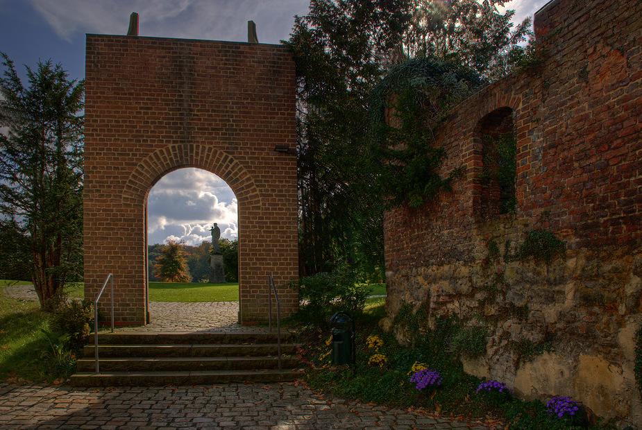 Bogen bei Schloss Herten