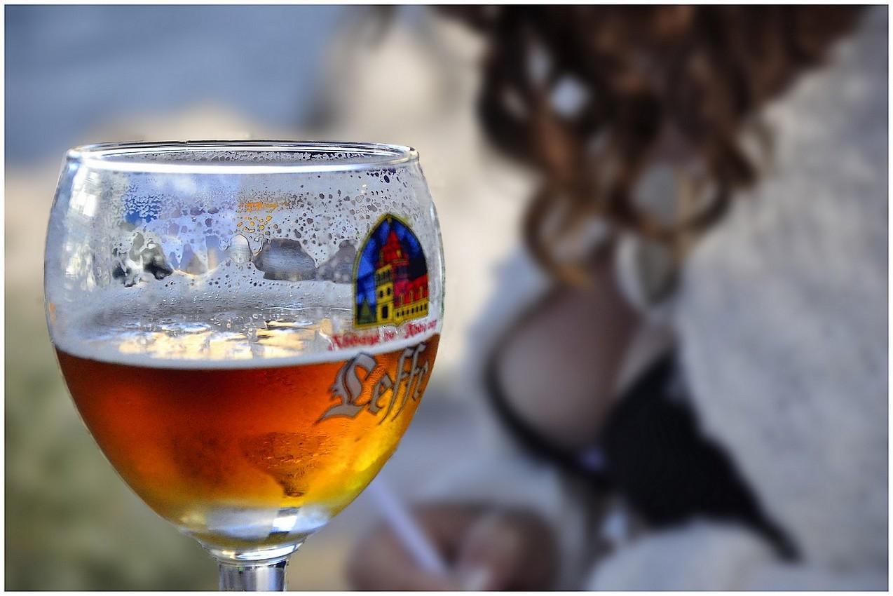 Boire un verre a l'ile de Sein