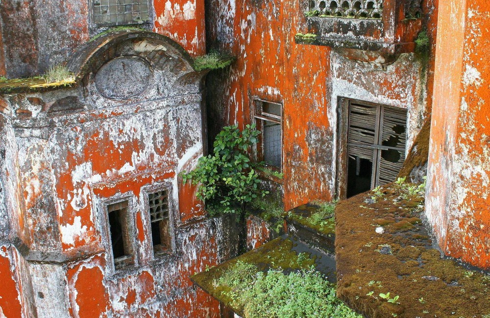 [ … Bokor Hill Station - Grand Palace ]
